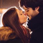 Люди встречаются, люди влюбляются, женятся...
